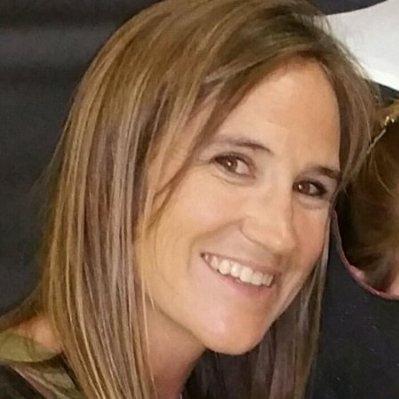 Sara Clark Headshot